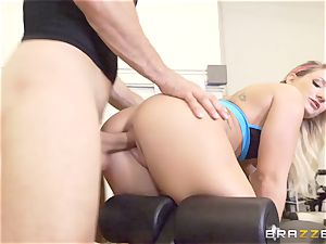 Cali Carter sits her face on Mick Blue