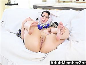 AdultMemberZone isolated Arab babe gives