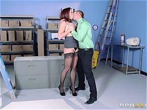 Chanel Preston boinks her wondrous stud at work