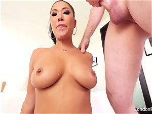 gorgeous chinese London Keyes knows how to inhale man rod