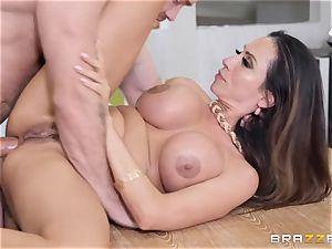 Ariella Ferrera getting plunged in her penetrate fuck-hole