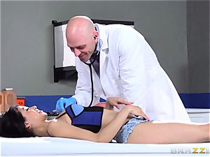 luxurious little Veronica Rodriguez boinks the doc