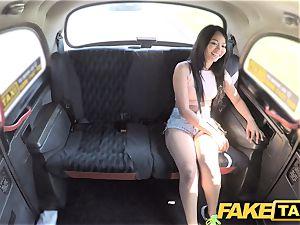 faux taxi splendid Thai girl with pierced vag lips