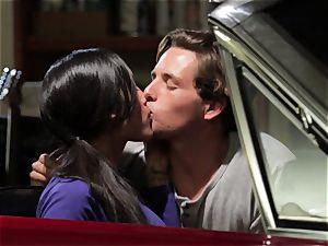 Chloe Amour plows in her boyfriends fresh car