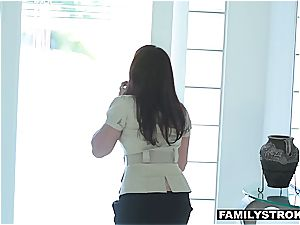 Latina stepdaughter fellating manhood to skip school