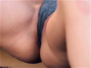 Tori black frigs her snatch till she climaxes