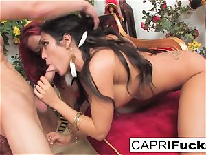 Capri And Mia decide To Have A threeway