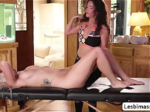 Victoria Voxxx and Emily Right firstime seeing each other ejaculation