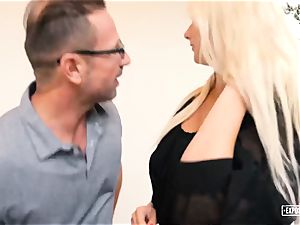 revealed audition - busty Bambi Bell in super-hot porno audition