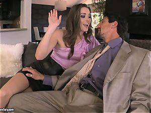 Tori ebony satisfies her man's pipe making it indeed rock-hard to handle