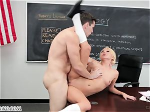 professor seduced and fucked his college girl
