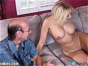 scorching trophy wifey gets a real big black manstick to ravage
