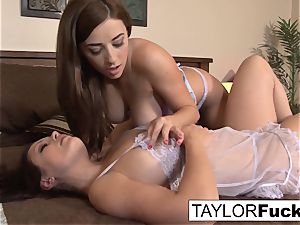 Taylor And Aria In bed